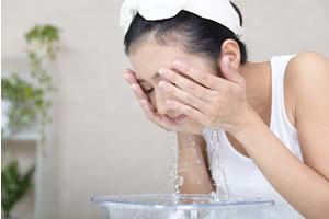 洗顔、メイクオフ